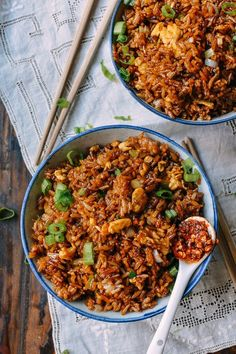 """chinese food You may have heard of soy sauce fried rice before, but what about """"Supreme"""" Soy Sauce Fried Rice? Rice Recipes, Asian Recipes, Cooking Recipes, Healthy Recipes, Paleo Meals, Healthy Options, Healthy Food, Rice Dishes, Food Cravings"""