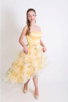 elegante Kleider, Sommerkleid, Ballkleid, Cocktailkleid, Kleid, Kleid kurz, kurzes Kleid, kurze Anlasskleider, Neuboeck High Low, Ballet Skirt, Skirts, Dresses, Fashion, Sophisticated Bride, Occasion Dresses, Short Frocks, Ball Gown
