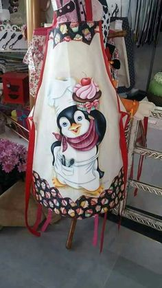 A penguin with a cupcake - who could ask for anything more? Tole Painting, Fabric Painting, Sewing Crafts, Sewing Projects, Motifs Animal, Butterfly Drawing, Sewing Aprons, Country Paintings, Aprons Vintage