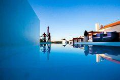 O Casas Do Moinho está idealmente localizado num parque natural, próximo de várias praias.