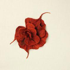 Broche orange foncé rouillé feutré broche, fleur fantaisie, broche
