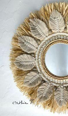 Macrame Mirror, Macrame Wall Hanging Diy, Macrame Art, Macrame Projects, Diy Mirror, Diy Crafts For Home Decor, Diy Room Decor, Unique Crochet, Macrame Design