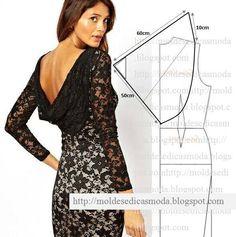 Modelagem de vestido com decote degagê nas costas.