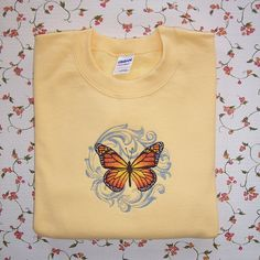 Large Fanciful Baroque Butterfly Design by CountryTrlCollection