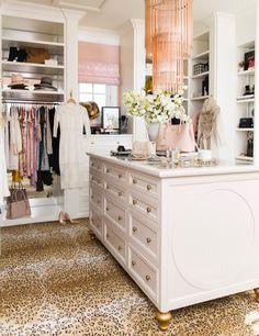 dream-walk-in-designer-closet - 3