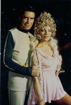 Joan Collins with Martin Landau on Space 1999.