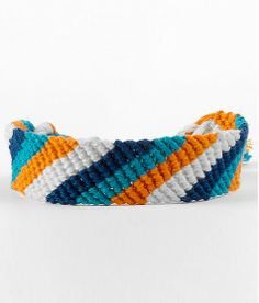 GO TIGERS! Support your favorite sports team colors with our Friendship Bracelet Maker! Check out friendship-bracelet-patterns.myfbm.com for more patterns and video tutorials!  #TIGERS #PATTERNS #SUMMER #MYFBM