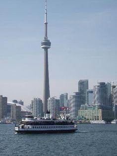 Toronto Island Park: Toronto Island Ferry en route to the islands