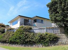 Wellington - Wairarapa/Kapiti Coast/Paraparaumu Beach holiday home rental accommodation - Sun on Seaview - Paraparaumu Beach Holiday Home