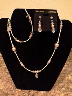 Crystals and pearls set