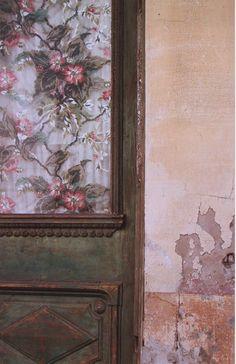 By Saul Leiter, 1959, Door, Harlem.