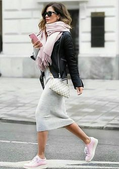 Effortlessly Chic ..