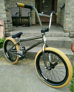 Lowrider Bicycle, Bmx Bicycle, Bmx Videos, Bmx Bandits, Best Bmx, Bmx Freestyle, Skate Park, Extreme Sports, Tricycle