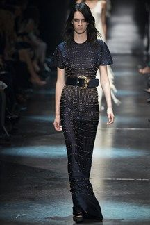 Roberto Cavalli Fall 2015 Ready-to-Wear Collection Photos - Vogue Roberto Cavalli, Haute Couture Style, Runway Fashion, High Fashion, Fashion Show, Fashion Design, Milan Fashion, Milano Fashion Week, Ss16