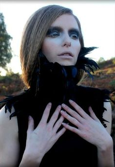 Feather neck corset