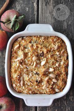 Płatki ryżowe pieczone z jabłkami i migdałami Raw Food Recipes, Sweet Recipes, Gluten Free Desserts, Raw Vegan, Food Inspiration, Macaroni And Cheese, Meal Prep, Oatmeal, Food And Drink