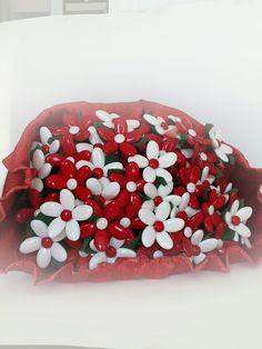 #confetti di #sulmona lavoratori a mano a forma di #fiore #tiffanystore www.tiffanystore.it Tiffany Store in Giardini-Naxos, Sicilia