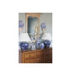 LAMPA STOŁOWA CERAMICZNA - PEONY COBALT - Dzięki niej Twój stół nabierze charakteru i subtelnej gracji. Ta lampa stołowa to oryginalna i praktyczna ozdoba.