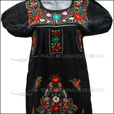 Vestido negro bordado con flores de colores