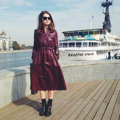 Кожаное платье Lisetskaya, размеры 42-44, еще цвета - чернильный и черный. Мы в whatsapp&mob +7 965 280 26 43