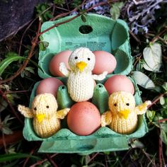 Knit for Victory: Easter chick free knitting pattern Animal Knitting Patterns, Easter Crochet Patterns, Knit Patterns, Knitting Paterns, Kids Crochet, Fun Patterns, Knitting Stitches, Loom Knitting, Free Knitting