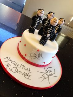 My Chemical Romance Cake. Can I please have one?