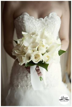 Wedding flowers, bouquets, corsages