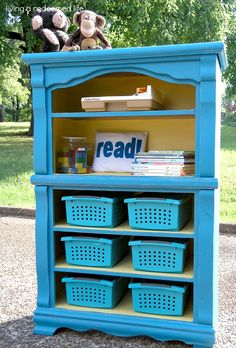 living a redeemed life: Homeschool Room: From Dresser to Bookcase