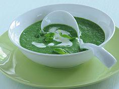Špenátová polévka - Kluci v akci Soups, Ethnic Recipes, Food, Decor, Decoration, Essen, Soup, Meals, Decorating