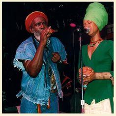 Burning Spear and Erykah Badu Reggae Rasta, Burning Spear, Make A Joyful Noise, Music Machine, Bob Marley Quotes, Young Old, Dance Hall, World Music, Musical