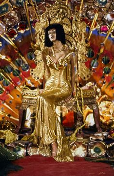 John Galliano Fall 1997 Ready-to-Wear Fashion Show - Yasmeen Ghauri