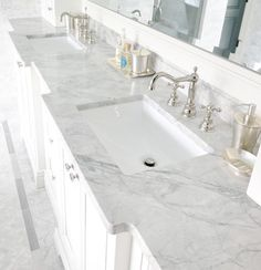 Super white granite for elegant bathroom countertops. Bathroom Vanity Tops, Bathroom Renos, Master Bathroom, Bathroom Cabinets, Bathroom Grey, Bathroom Images, Bathroom Modern, Bathroom Hardware, Bathroom Designs