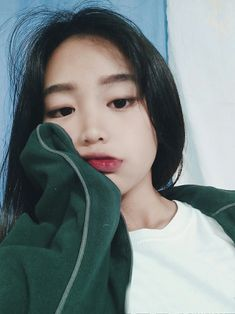 Trynna be ulzzang like- make up look menina coreana, garotas Ulzzang Korean Girl, Cute Korean Girl, Asian Girl, Korean Aesthetic, Aesthetic Girl, Fotografie Portraits, Cute Korean Fashion, Chica Cool, Uzzlang Girl