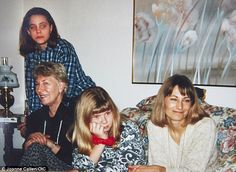 catherine-william-george: A new photo (?) of Kate has emerged. The photo was taken during Christmas 1991 and Kate is seen with her mother, Carole, second-cousin Joanne and her grandmother, Dorothy. Kate Middleton News, Carole Middleton, Middleton Family, Duchess Kate, Duke And Duchess, Duchess Of Cambridge, Pippa And James, Kate And Pippa, Princess Katherine