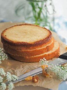 Mehevä Vaalea Vaniljakakkupohja Baking Recipes, Cake Recipes, Finnish Recipes, Sweet Bakery, Just Cakes, Food Tasting, Let Them Eat Cake, Yummy Cakes, No Bake Cake