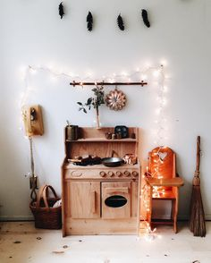A mini magical kitchen for two miniature girls with just the right amount of awkward. #TheCrookedPhoneIsMyFavorite ✨✨