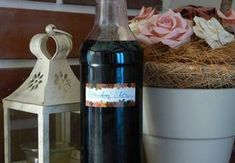 Bezinkový likér Syrup, Vodka Bottle, Herbs, Homemade, Drinks, Food, Home Decor, Alcohol, Drinking