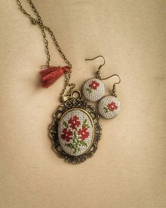 Red rose cross stitch necklace Cross stitch by TriccotraShop Silk Ribbon Embroidery, Embroidery Jewelry, Hand Embroidery, Tiny Cross Stitch, Cross Stitch Bookmarks, Wedding Cross Stitch Patterns, Cross Stitch Designs, Cross Stitching, Cross Stitch Embroidery