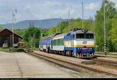 RailPictures.Net Photo: CD 754 027 1 Ceske Drahy CD 754 at Borsov nad Vltavou, Czech Republic by Jaroslav Dvorak