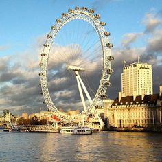 Next week in #London 🇬🇧again! The beautiful #londoneye ❤! Follow us on Snapchat and see @maximiliangraf_ travelling around 😎  #travelblogger #travelguide #wanderlust #picoftheday #unitedkingdom #travelgram #vlogger #youtuber #travelblog London Eye, Travel Around, Travel Guide, Snapchat, United Kingdom, Travelling, Fair Grounds, Wanderlust, Instagram Posts