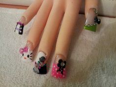 snookie nails..
