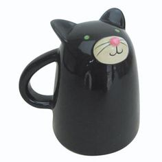 Black Cat Mug for kitty lovers via http://www.acharmingproject.com/