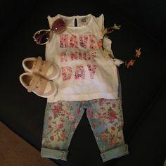 Zara baby outfit via @babyellestyle