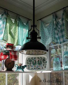 Pioneer cottage kitchen window treatment ideas