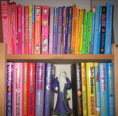 The Jacqueline Wilson books I have read almost every single one of them and about 100 times each! Jacqueline Wilson Books, Poppy Pins, World Of Books, 90s Kids, Great Books, Books To Read, Nostalgia, Childhood, Reading