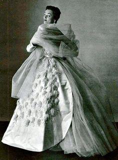 Ivy Nicholson in a Jacques Fath dress for L'Officiel, 1951.