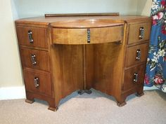 I am reluctantly selling my vintage dressing table that I have had for about 10 years. It is such a