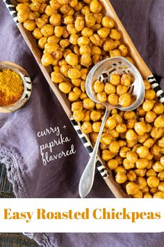 Curry and paprika roasted chickpeas for a healthy, delicious and easy snack. Tips include ways to make them stay crunchy and alternative spice mix flavorings. #RoastedChickpeasInTheOven #RoastedChickpeasHealthy #HealthySnack #EasySnack #SpicyRoastedChickpeas Vegetarian Appetizers, Best Appetizers, Appetizer Recipes, Vegetarian Recipes, Snack Recipes, Easy Snacks, Healthy Snacks, Roasted Chickpeas Healthy, Vegetarian Chickpea Curry