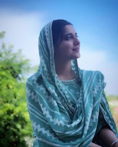 Best Trendy Outfits Part 2 Beautiful Girl Image, Beautiful Hijab, Gorgeous Women, Nimrat Khaira Suits, Girl Pictures, Girl Photos, Punjabi Girls, Punjabi Suits, Punjabi Couple