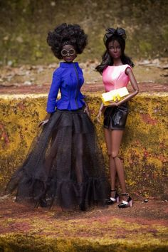High Style and Casual Black Barbie. Beautiful Barbie Dolls, Vintage Barbie Dolls, Afro, Blythe Dolls, Dolls Dolls, African American Dolls, Black Barbie, My Black Is Beautiful, Barbie Collector